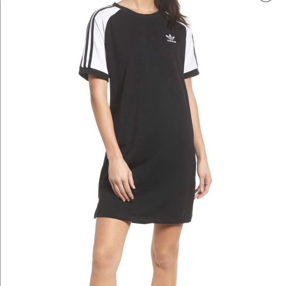 4c3036b2610f Adidas Originals Raglan Sleeve Dress 👗